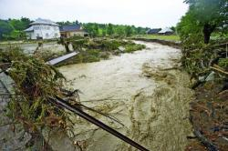 cauza inundatiilor