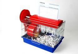 distrugator de documente cu hamster