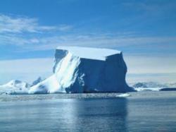 topirea ghetarilor din zona arctica