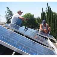 O scoala din Dragoesti va fi incalzita cu panouri fotovoltaice