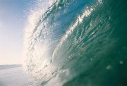 puterea valurilor