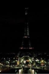 earth-hour-paris.jpg