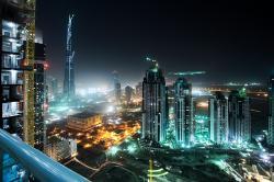 Dubai emisii