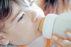 lapte cu melamina