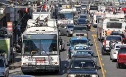 Parlamentul European a votat in favoarea noilor reglementari de reducere a emisiilor de CO2 pentru vehiculele noi vandute in UE