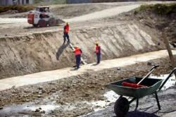 Romania poate pierde 3 miliarde de euro, bani necheltuiti pentru Transporturi si Mediu, avertizeaza ministrul Teodorovici