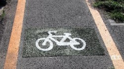 Noile piste de biciclete se vor trasa pe prima band? a p?r?ii carosabile