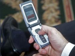 """""""Revolta"""" din Micesti impotriva amplasarii unei antene de telefonie mobila a ajuns in atentia prefectului de Alba"""