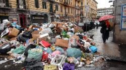 gunoaiele din Napoli