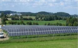 """Primarul din Leleşti ,,ridică"""" un parc fotovoltaic"""