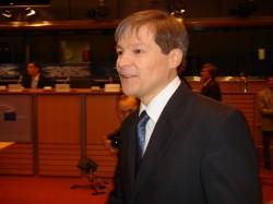 Ciolos are planuri pentru o agricultura UE ecologica, echitabila, eficienta. Vor fi mai multi bani pentru Romania?