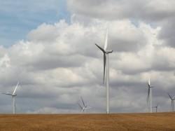 Consumatorii vor şti care sunt sursele din care este produsă electricitatea. Energia regenerabilă ar putea fi exceptată de la plata accizei