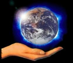 """Astronomii bârlădeni participă la Forumul Ecologic """"Green Planet 2012"""""""