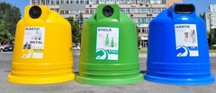 Hârtia la albastru, plasticul şi metalul la galben şi sticla la verde