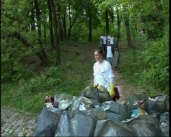Campanie de ecologizare pe dealul Cetatuii
