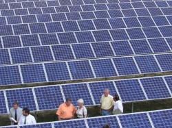 S-a semnat contractul pentru construcția ceui mai mare parc fotovoltaic din România