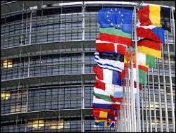 Comisia Europeana propune noi legi de transparenta in privinta factorilor sociali si de mediu pentru companiile cu peste 500 de angajati