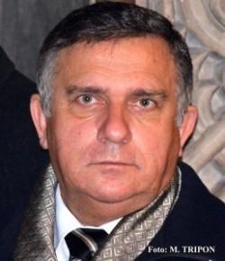 Funar a depus la Parchet un denunţ penal împotriva celor care au facilitat exploatarea zăcămîntului de la Roşia Montană
