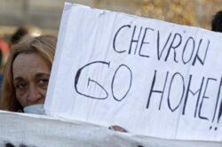 Chevron vrea autorizatii de mediu pentru trei perimetre din Vaslui