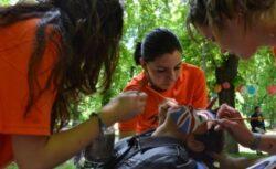 Jocul in natura, cea mai eficienta lectie pentru copii aflati in vacanta