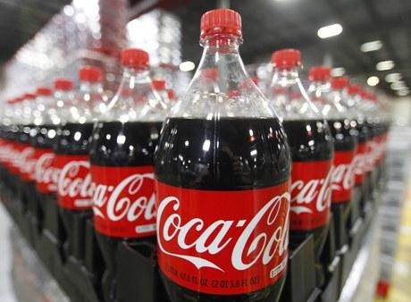 Pre?edintele Societ??ii Române de Diabet: Nu interzice?i copiilor de tot Coca-Cola ?i fast-food, da?i-le mult mai pu?in