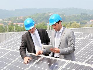 Bruxelles da inapoi in taxarea produselor solare. UE si China pregatesc semnarea unui acord