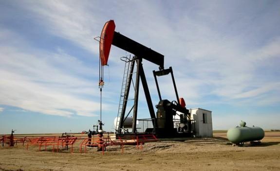 Cererea de petrol va cre?te în 2015. Riscurile de produc?ie vor r?mâne ridicate