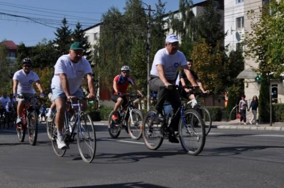 Cluj: Proiectul de distribuire a bicicletelor va fi terminat abia la sfâr?itul anului