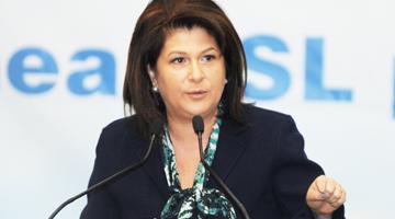 Rovana Plumb: Vom prezenta guvernului o hot?râre privind suspendarea transferurilor de de?euri pentru ?ase luni