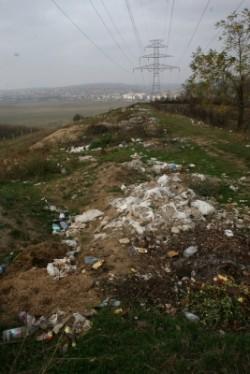 Localitatile pline de gunoaie risca amenzi usturatoare