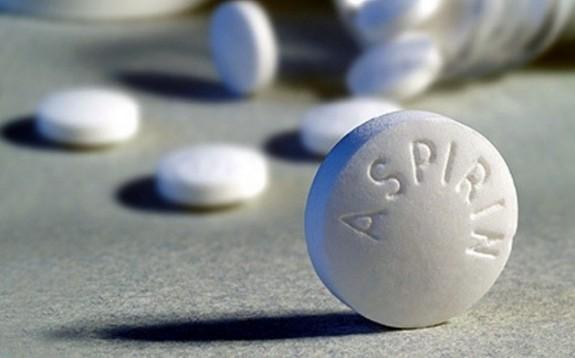 Aspirina poate reduce riscul de cancer de piele la femei