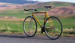 """""""ONMotion - Fiecare kilometru conteaza"""", campanie de promovare a mersului pe bicicleta"""