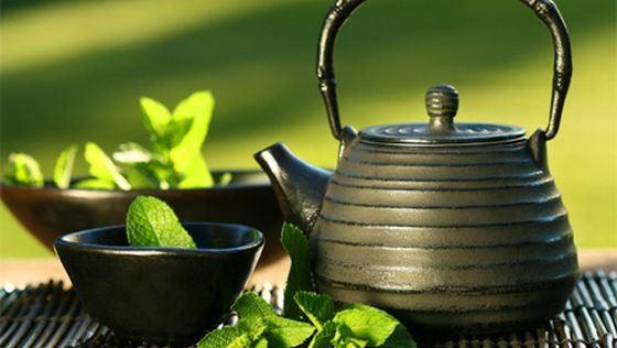 Ceaiul verde, beneficii miraculoase pentru piele