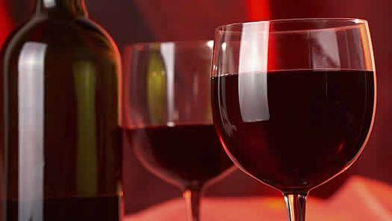 Strugurii si vinul rosu contribuie la arderea grasimilor