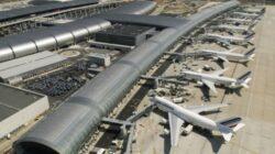 Comisia Europeană suspendă taxa pentru emisiile de CO2 ale companiilor aeriene până în 2013