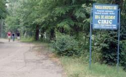 Primaria este pusa pe distrus zonele verzi