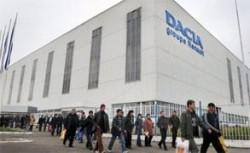 Angajatii Dacia contesta timbrul de mediu si ameninta cu proteste