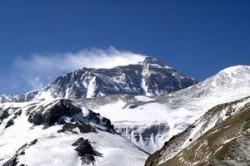 Eforturi pentru curatarea Everestului