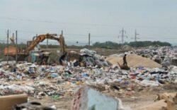 Depozit de gunoi langa Gara Sud din Timisoara