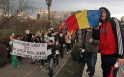 Protest fata de eliberarea avizelor de mediu pentru explorarea gazelor de sist in Vaslui