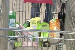 Etichete inselatoare. Multi comercianti folosesc abuziv denumirile bio si eco