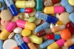 Agentia Europeana a Medicamentului: Ibuprofenul, consumat in exces, duce la infarct si accident vascular cerebral
