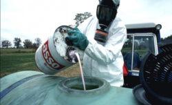 Cercetarea si invatamantul superior, controlate de corporatii precum Monsanto