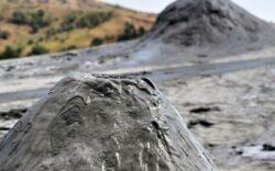 Baimarenii, cianurati din nou: Romaltyn vrea productie de aur, fara aviz de mediu