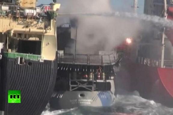 Ciocniri între vapoarele activi?tilor ?i ale vân?torilor de balene