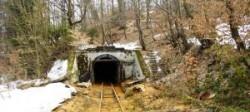 Apa de mina deversata in raul Sasar