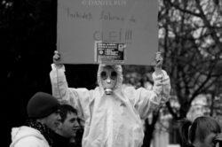 Protest la Reghin. Aproape 2.000 de localnici sunt nemultumiti ca va fi construita o fabrica de clei