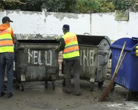 Botosanenii care vor veni cu idei de amenajare a punctelor de colectare a gunoiului, premiati de Urban Serv