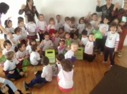 Caravana Guerilla Verde a transmis mesajul colectarii selective in comunitati din 6 orase din tara