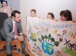 Diplome si cadouri pentru elevii ecologisti